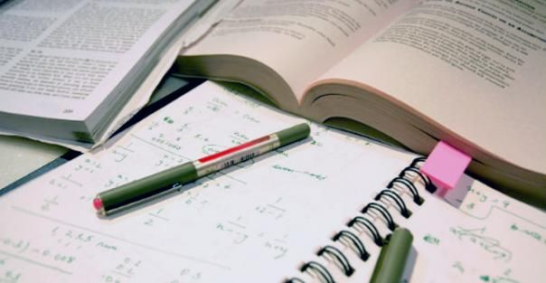 10 College Hacks to Own Any School Year