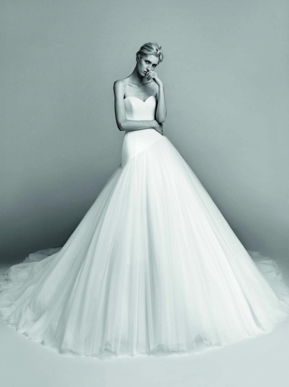 Foto V | WEDDING | Pinterest | Viktor rolf, Winter and Wedding