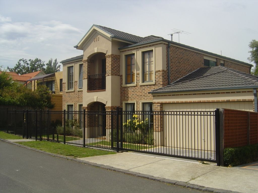 Best fence gates for the front yard front fencing melbourne best fence gates for the front yard front fencing melbournefront yard fences baanklon Gallery