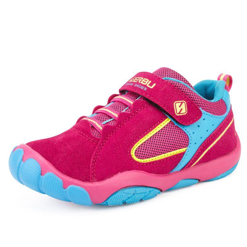 03875b30ef6 2017 Niños Zapatos de Cuero Genuino Tamaño 28-37 Kids Sneakers Transpirable  y Niñas Se Divierten los Zapatos A Prueba de agua Al Aire Libre Entrenadores