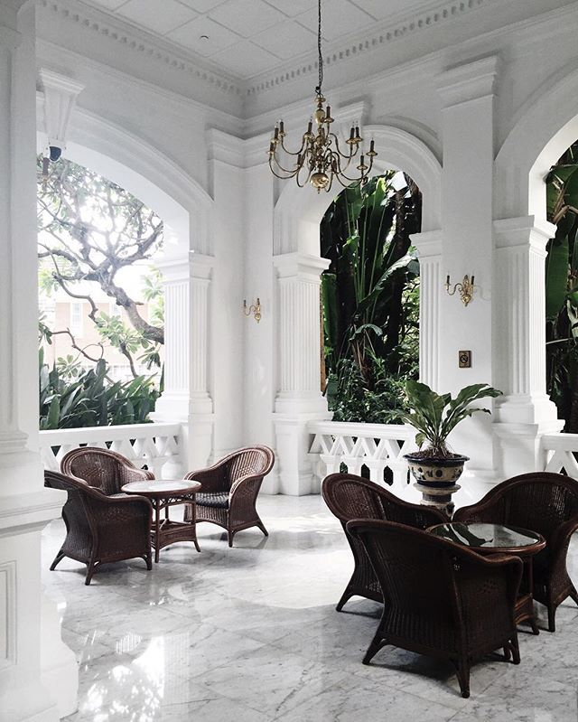 Classic Decorating Ideas For Plantation Style Homes: Stunning Plantation Meets British Colonial Home Style