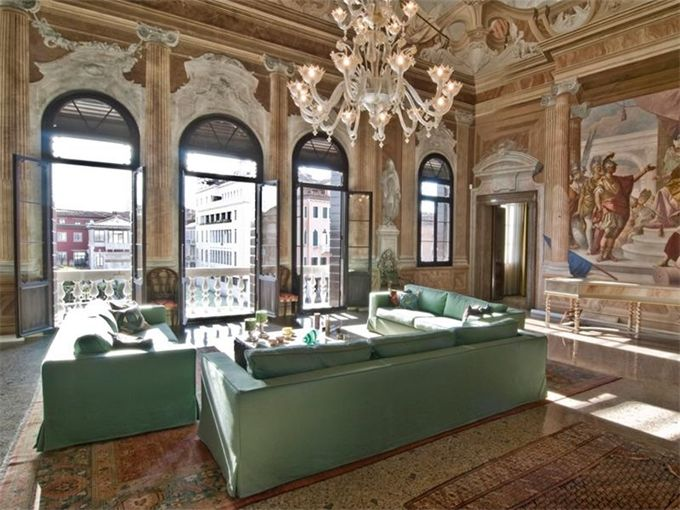 Extraordinary Property of the Day: Historic Apartment in Venezia, Italy