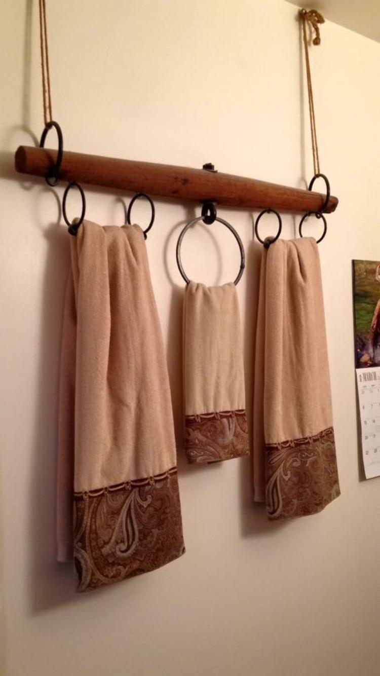 Badezimmer dekor mit duschvorhängen yoke towel rack  ideen rund ums haus  pinterest  badezimmer