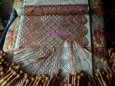 A Bobbin Lace Lover: Echarpe / Torchon Bobbin Lace Shawl