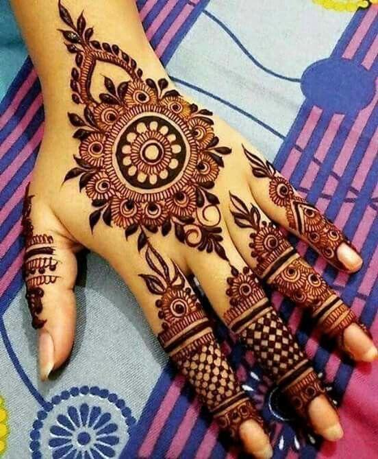 pin von xtylish naaz auf mehendi pinterest henna und tatoo. Black Bedroom Furniture Sets. Home Design Ideas