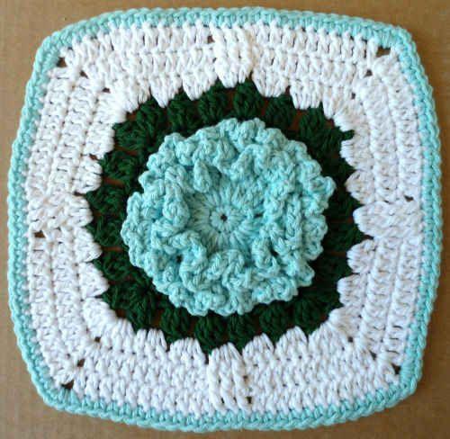 Vintage Bloomers Potholder – Free Crochet Pattern | crochet2 | Pinterest