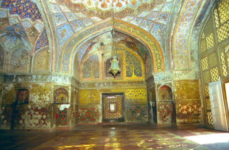 Taj Mahal Inside | Taj Mahal (interior and gardens) | India ...