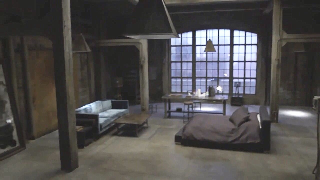 I totally want a place like Derek's loft