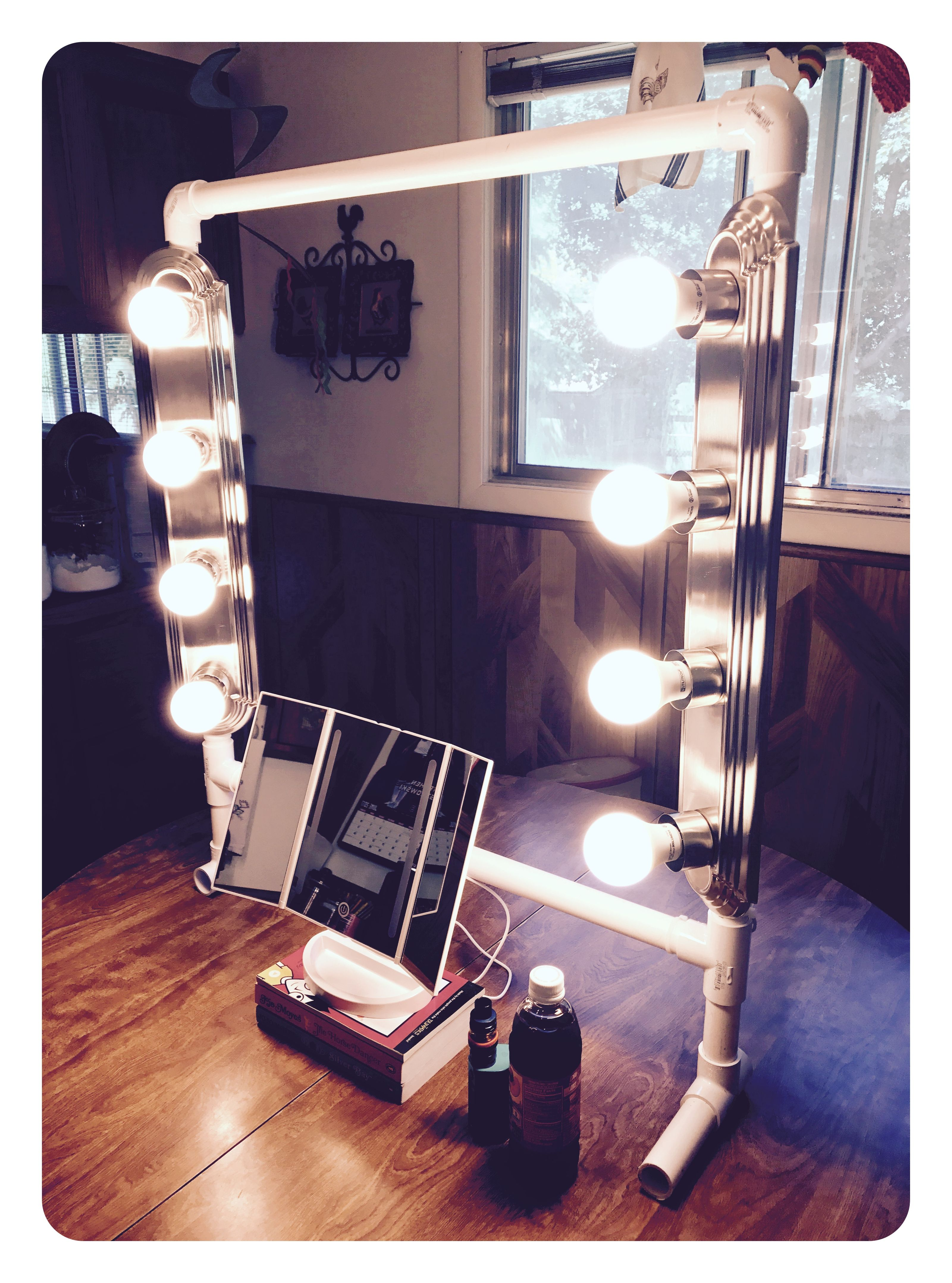 Diy Vanity Light Bar With An Outlet Plugin With Images Makeup