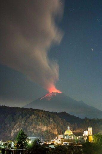 Popocatepetl en erupción