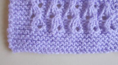 This is such a pretty stitch - so I decided to use it for a little blanket too..........        With a simple garter stitch border ............