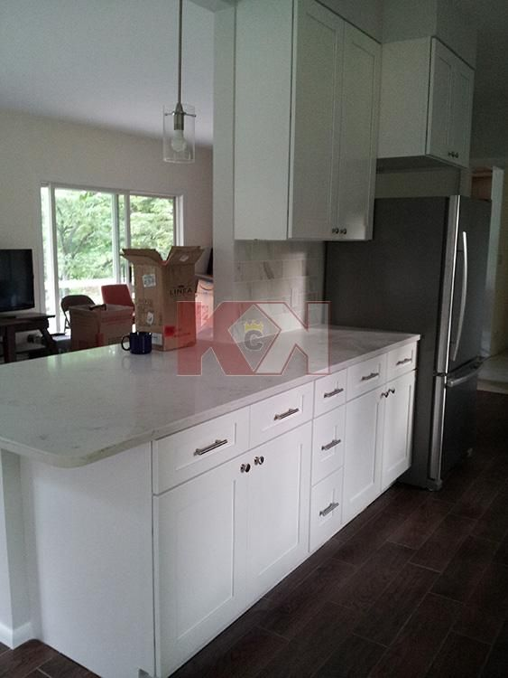 Best Ice White Shaker Cabinets By Kitchen Cabinet Kings 400 x 300