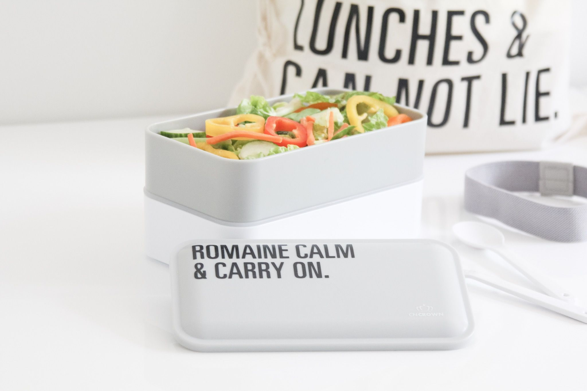 Easy DIY personalized bento box and lunch bag  back to school made easy with the Cricut Maker Easy DIY personalized bento box and lunch bag  back to school made easy with...