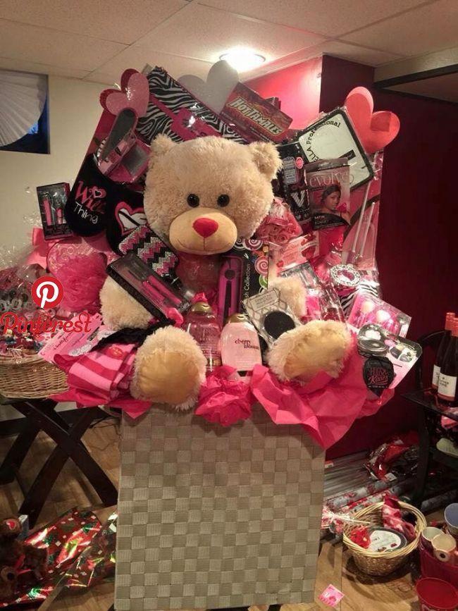 Perfect Gift For Girls Gift Baskets Pinterest Gifts Birthday Gifts And Gifts For Girls Perfe Girl Gift Baskets Birthday Gifts Birthday Gifts For Girls