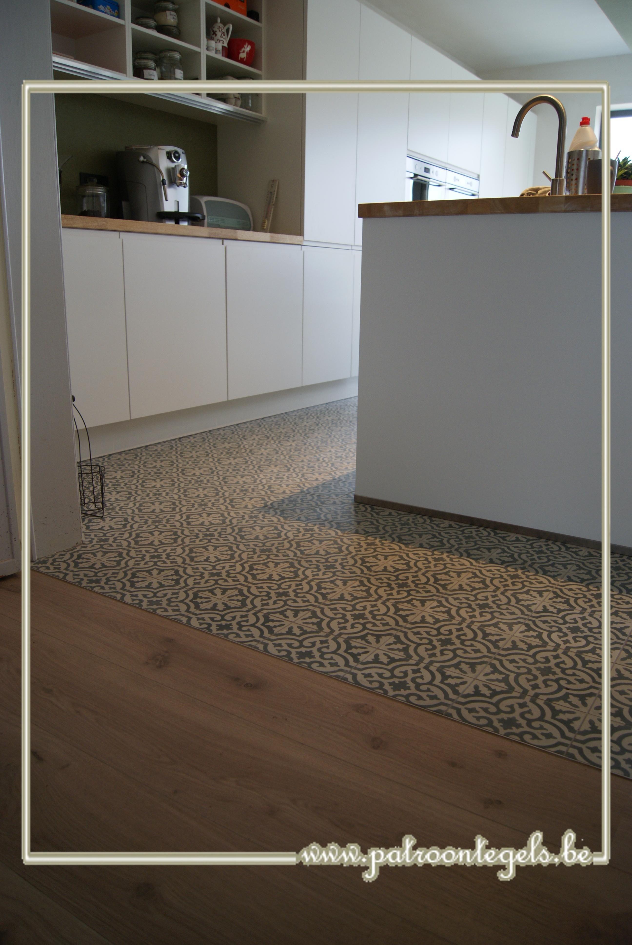 Combi cementtegels en parket | Cocina | Pinterest | Küche, Küchen ...