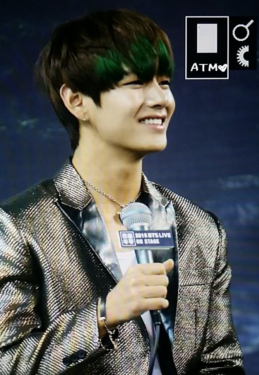 BTS / V (Kim TaeHyung) / [PictureMedia] BTS at Press Conference 2015 BTS LIVE CONCERT 화양연화 On Stage [27.11.2015]