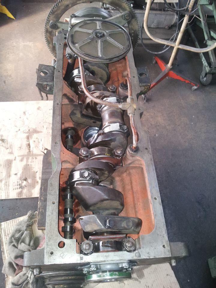 Reconstruction Moteur Citroen Traction 15cv 6cylindres