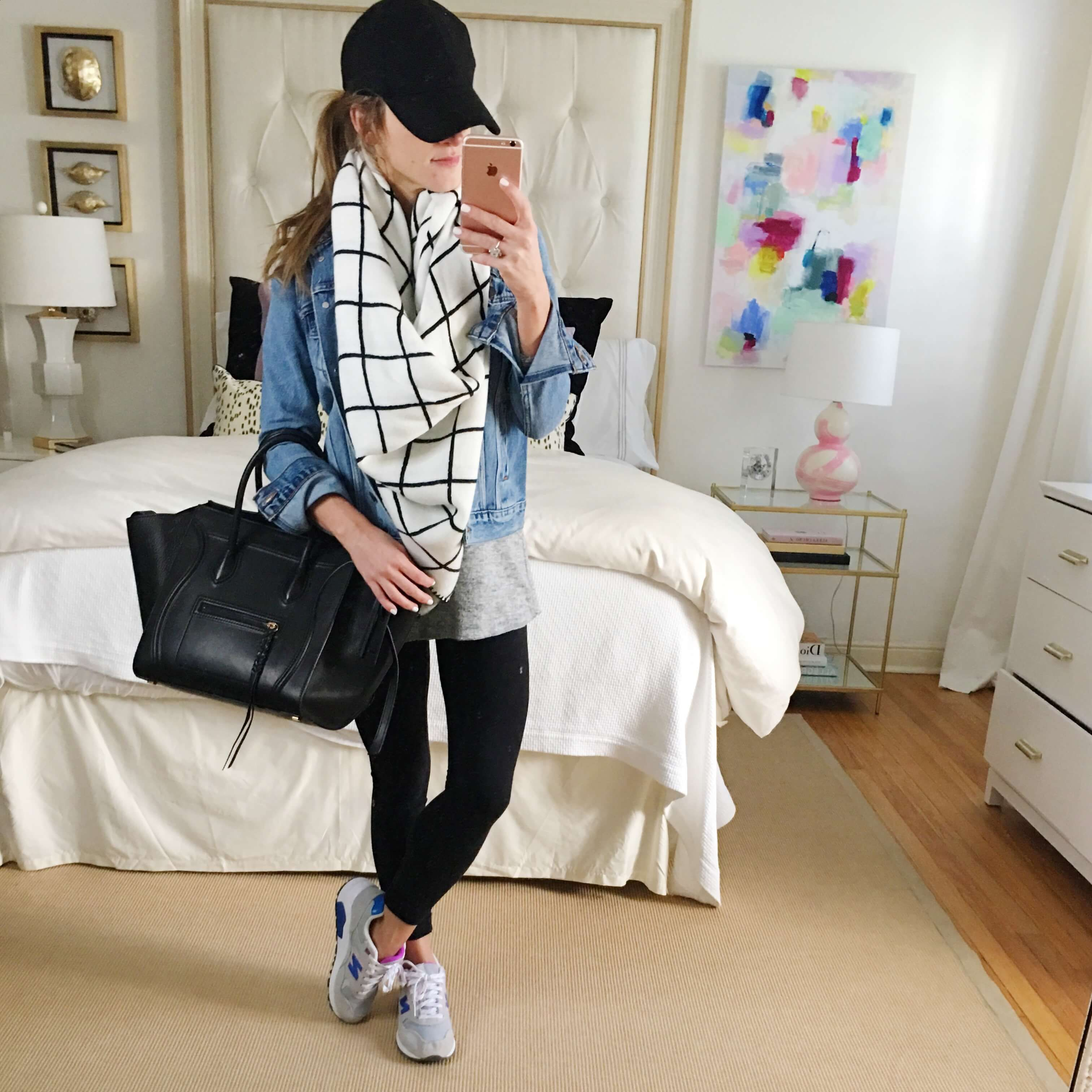 What To Wear With Leggings 7 Style Tips On How To Wear Leggings Comfy Casual Outfits Outfits With Leggings Comfy Travel Outfit