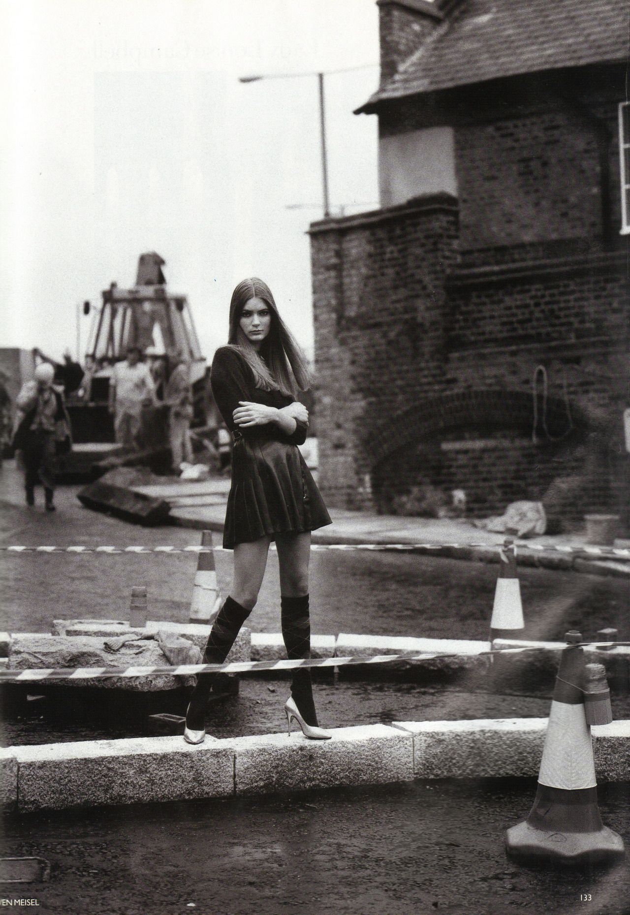"Anglo-Saxon Attitude"", Vogue UK, December 1993 Photographer : Steven ..."