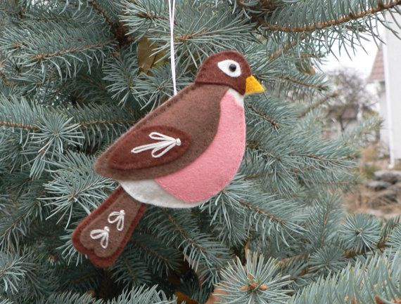 Christmas Robin easy to sew felt PDF pattern by ForestFriendsShop