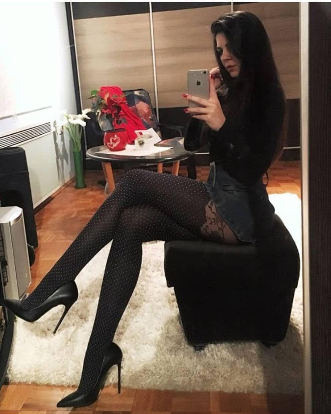 Beauty In Hot Heels @habanerica 🔥 #shoes #shoeporn