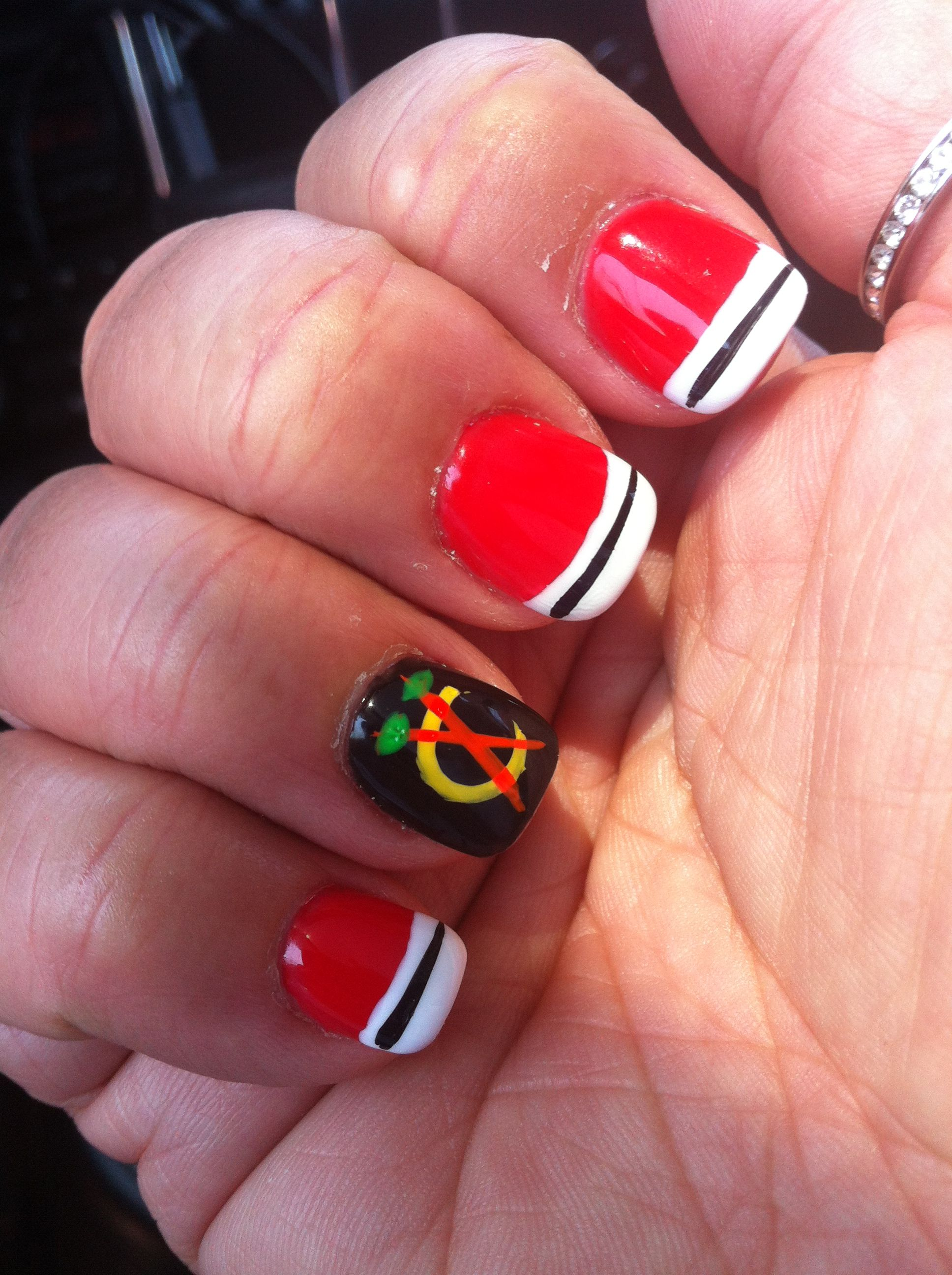 Chicago Blackhawk nails.....Go hawks!!! | Nails! | Pinterest ...