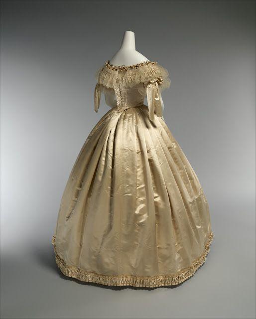 Wedding Dress; 1856-59 | In the Swan\'s Shadow | Civil War Women/In ...