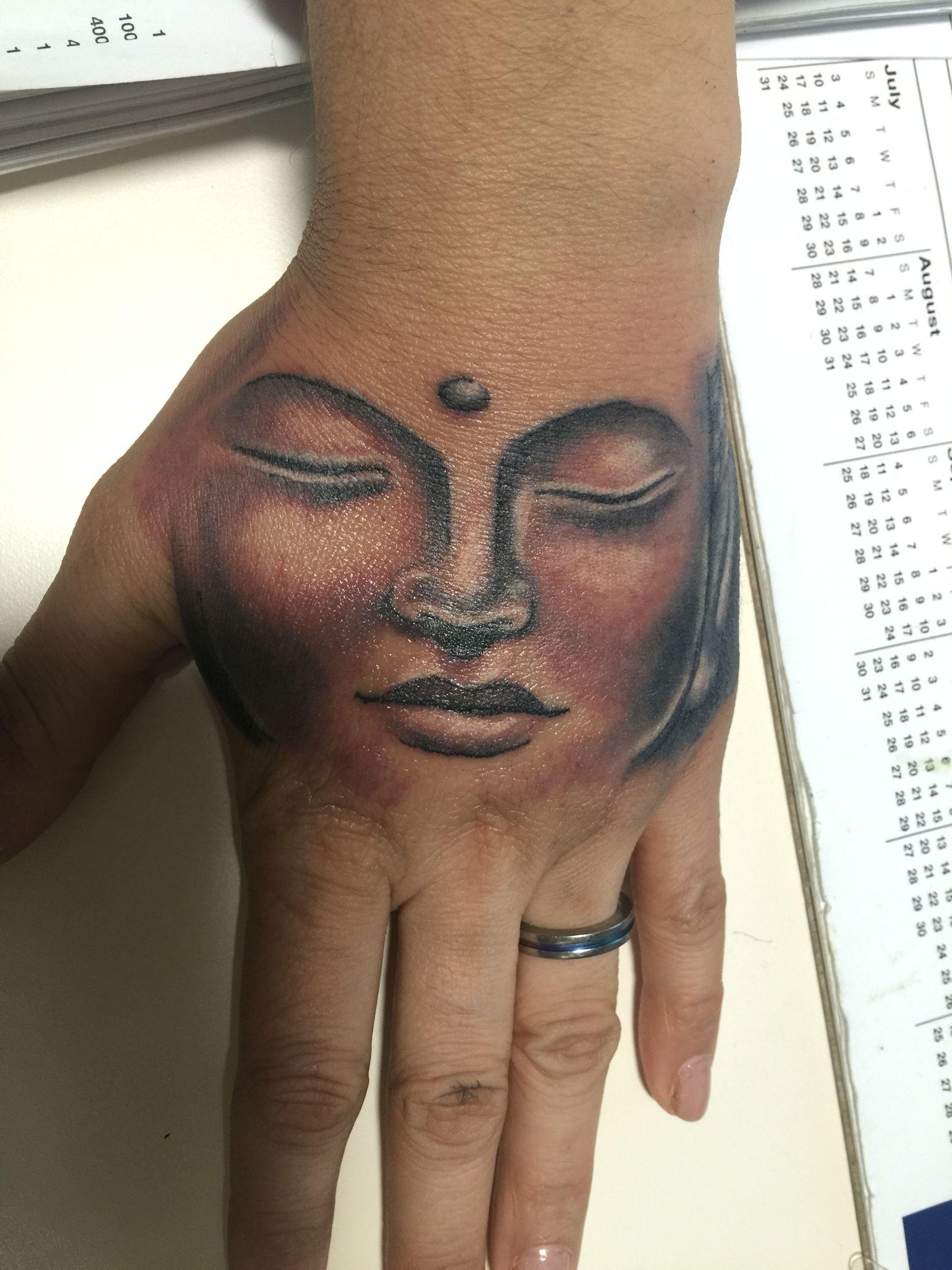 Buddha Hand Tattoo By Snake Eyes In Williamsburg Brooklyn B52 Hand Tattoos For Girls Hand Tattoos Tattoos