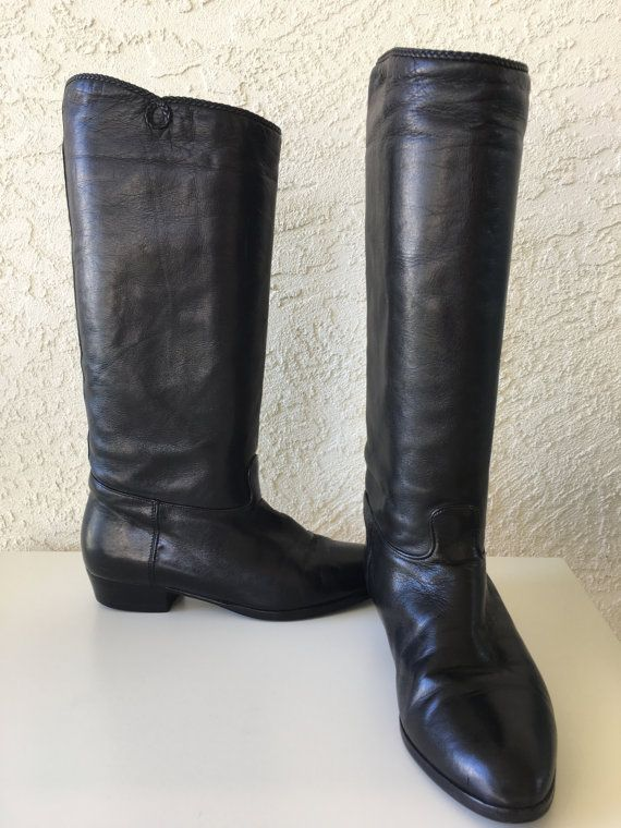 Vintage Black Leather Tall Riding Boots Below Knee High Lario 1898 Size 37 EU  7 US