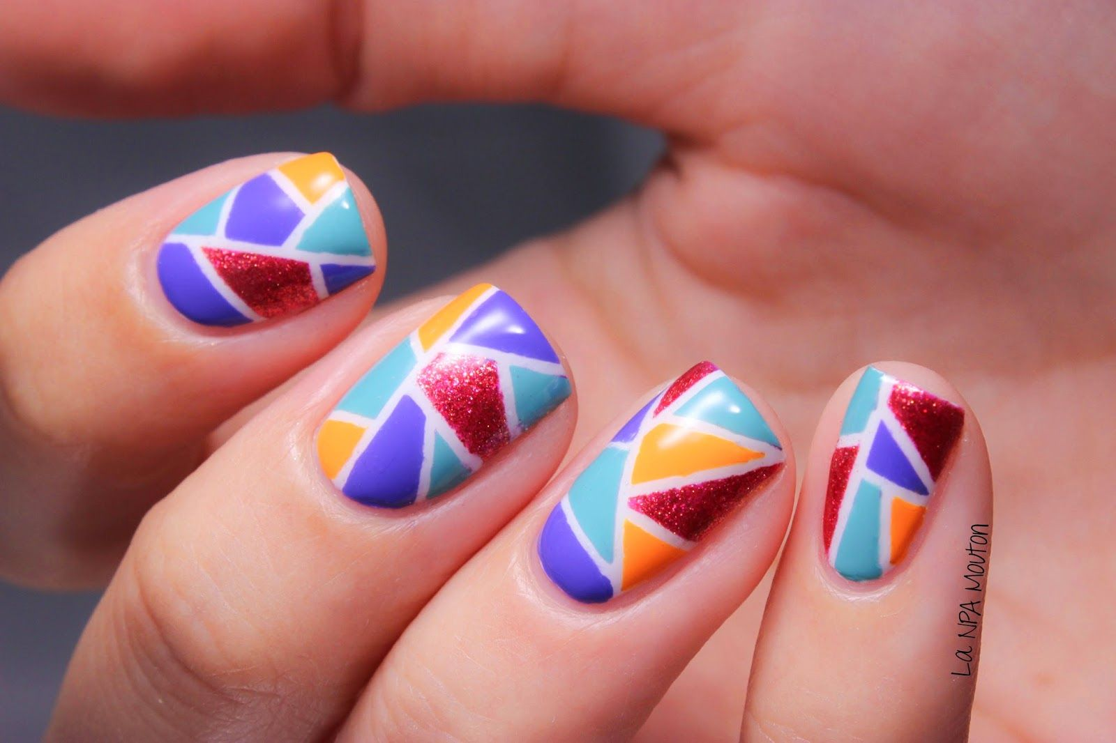 Scrolling w/ Chrissy @ Cinfully Pretty Nails | Nail art