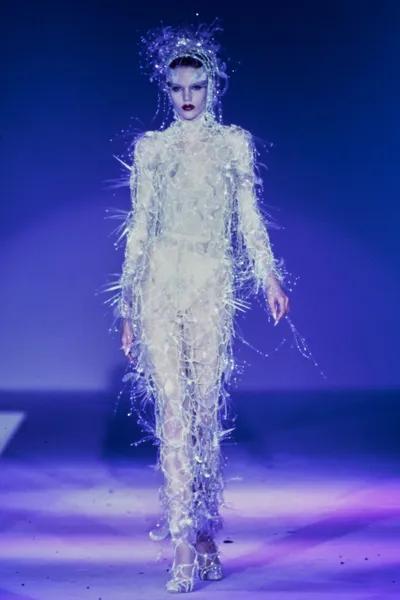 Chanel Pre-Fall 2021 Collection | Ideias fashion, Semanas