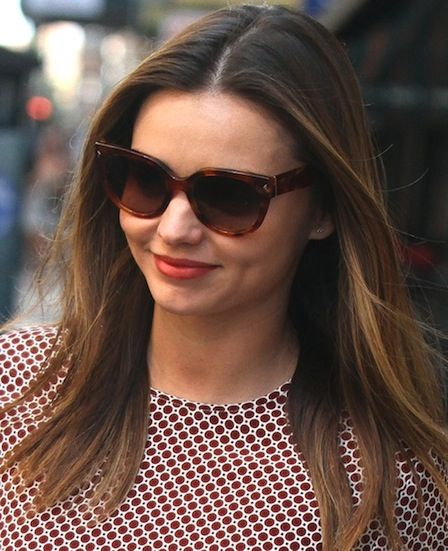 c6cfd74cd338 Miranda Kerr in Prada Heritage sunglasses