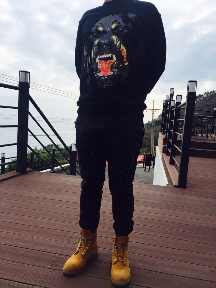 Givenchy & Jogger Pants & Timberland It's me