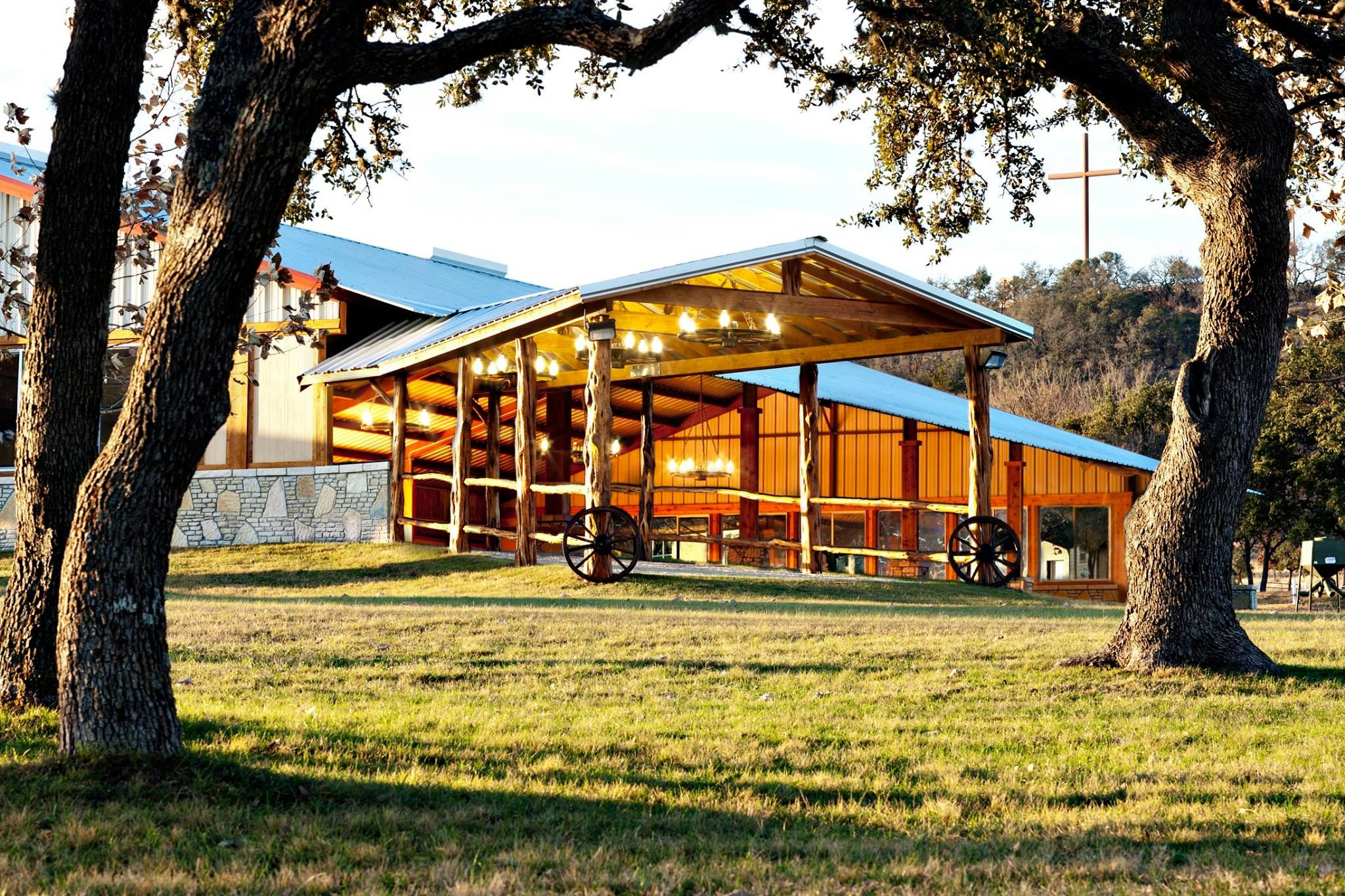 San Antonio Hill Country Rustic Wedding Venue & Barn Event ...