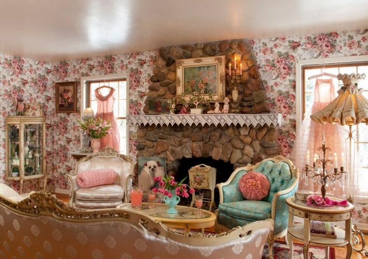 Soggiorno Shabby ~ Un camino rustico con rivestimento in pietra in un soggiorno