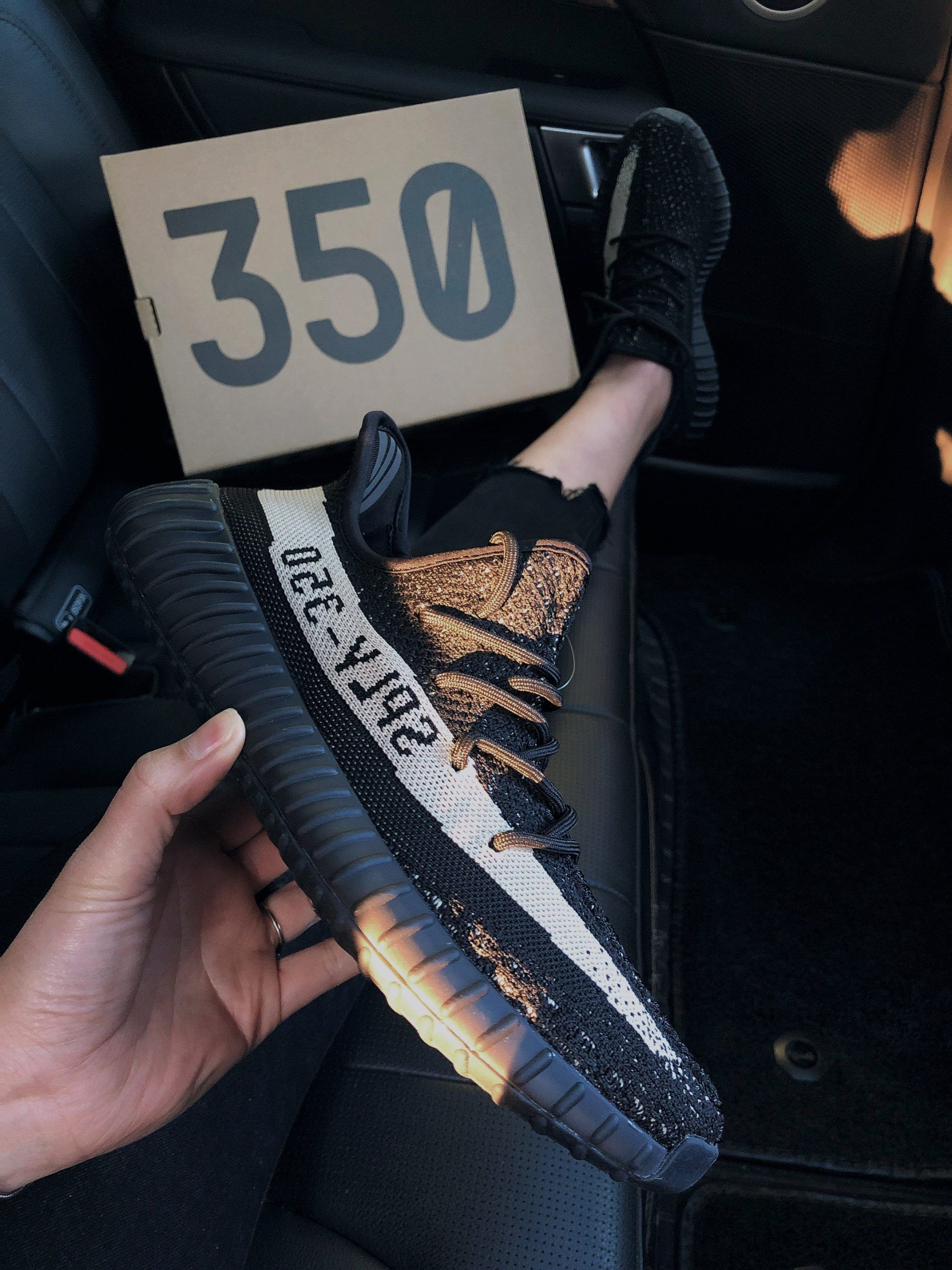 Adidas Yeezy Boost 350 V2 'Oreo' BY9612