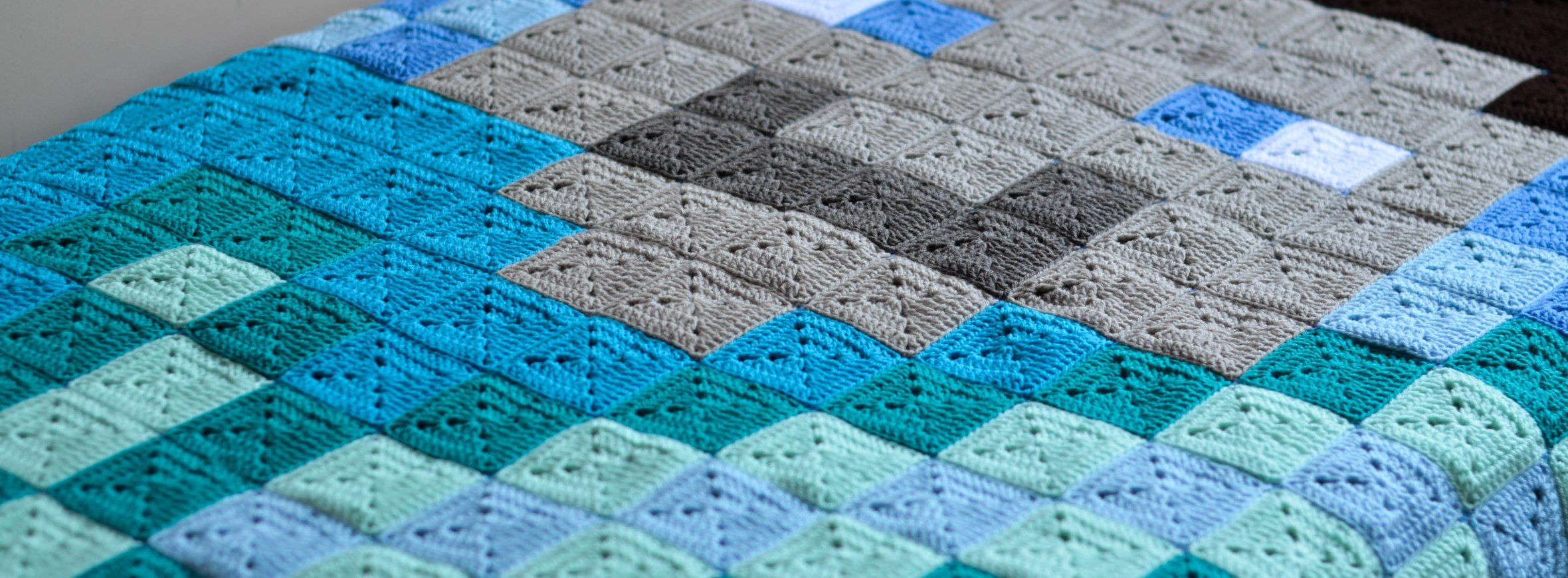 Crochet Minecraft Blanket – The LOOPY STITCH | CROCHETING - AFGHANS ...