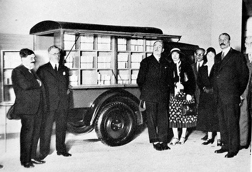 Bookmobile 1931 Paris Bookmobile Mobile Library Lectures Book