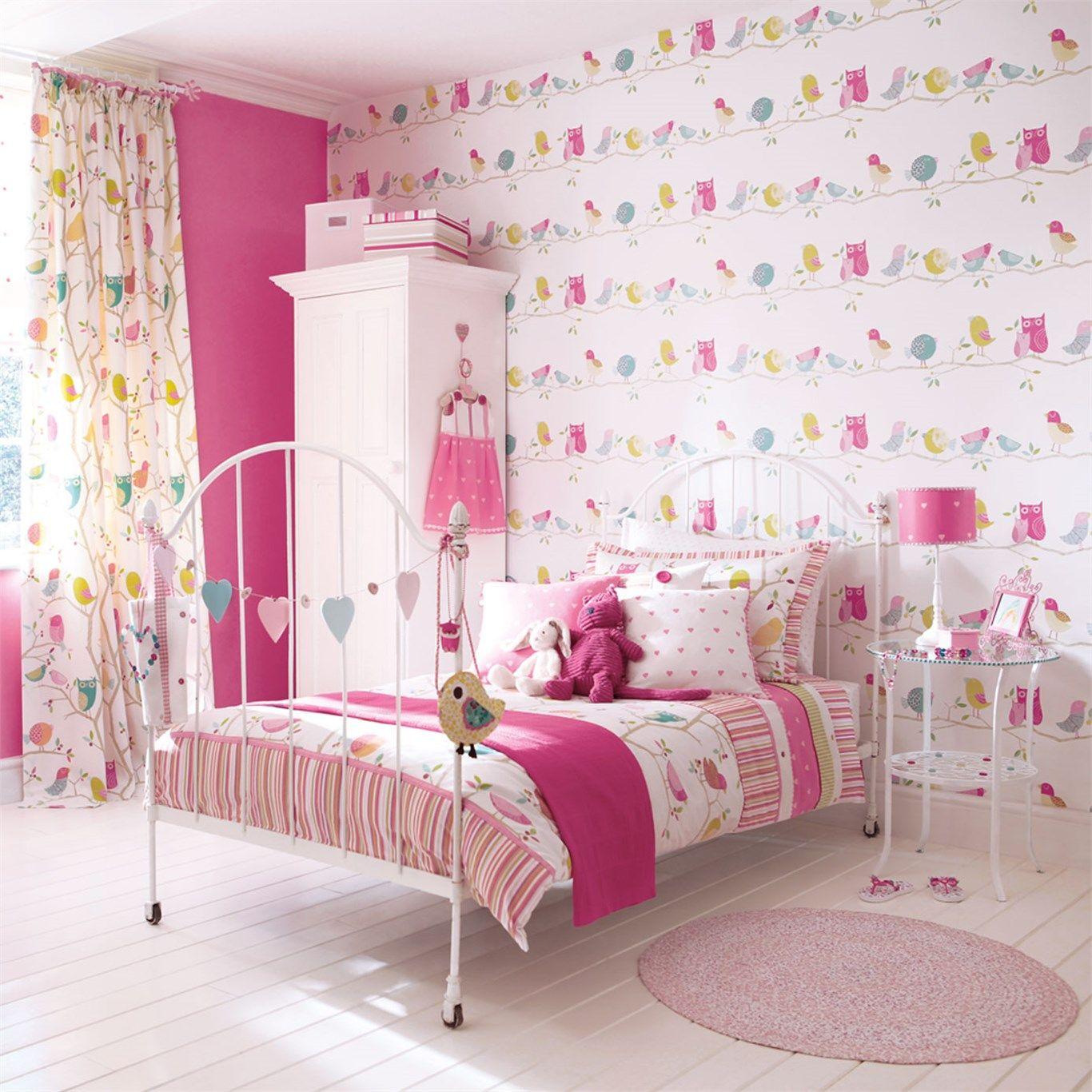 Wybieramy tapetę, tkaniny i dywan do pokoju dziecięcego