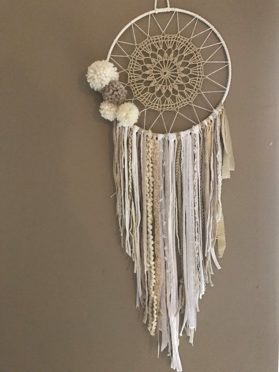 Attrape r ves dreamcatcher boho chic pompons attrappe r ves dream catcher pinterest - Attrape reve crochet ...
