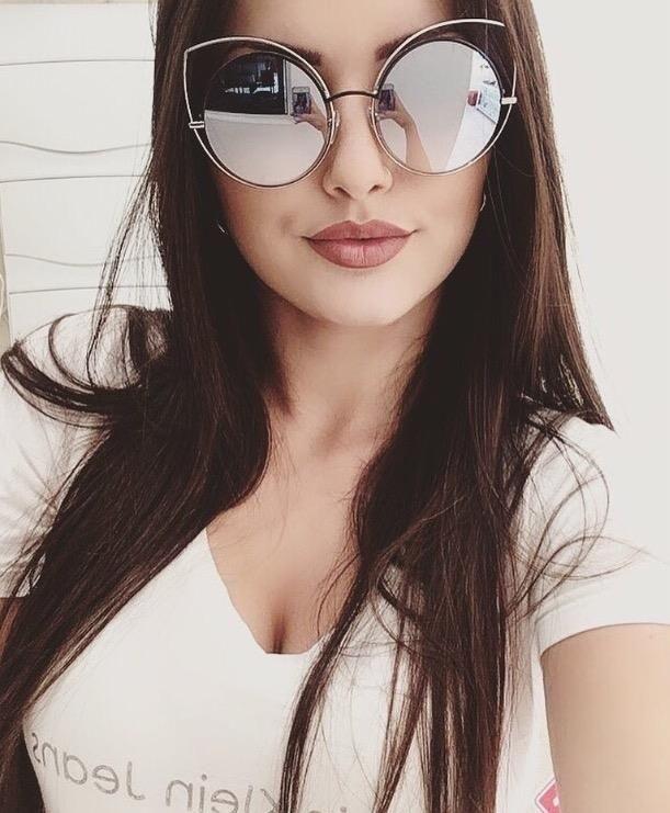 088ab76e5681f O poder das morenas com óculos espelhados em prata ✨❤  oticaswanny   marcjacobs  oculosespelhado