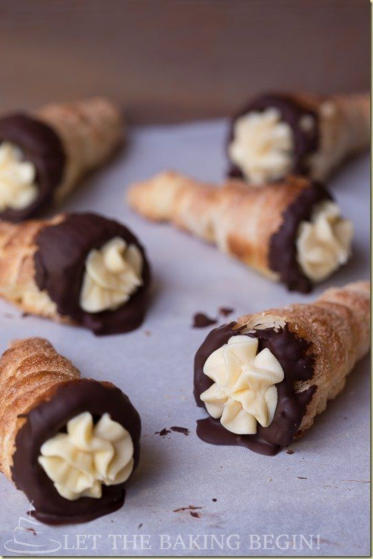 Crispy Cream Horns filled with Condensed Milk Custard and dipped in Chocolate by LettheBakingBeginBlog.com #creamhorns