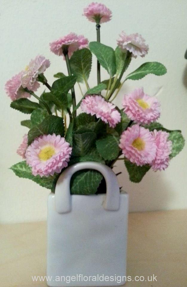 Pink Daisy in Porcelain Bag Vase .angelfloraldesigns.co.uk & Pink Daisy in Porcelain Bag Vase www.angelfloraldesigns.co.uk ...