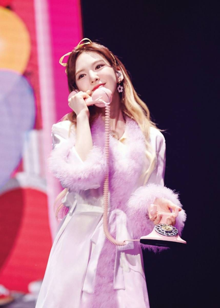Wendy 1st Concert 'Red Room' Kihno  | Red Velvet Gallery
