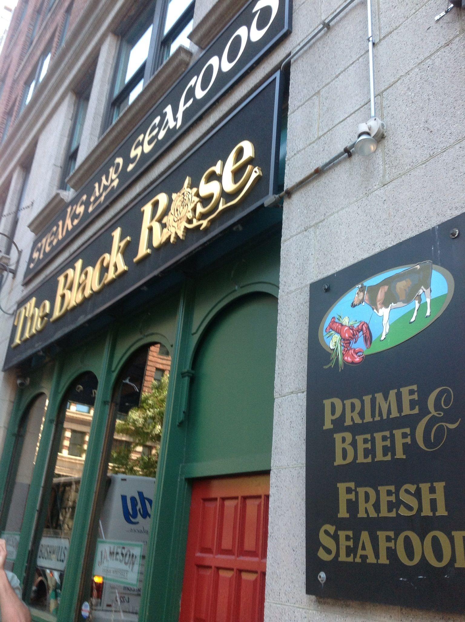 The Black Rose great Pub in Boston near Quincy Market