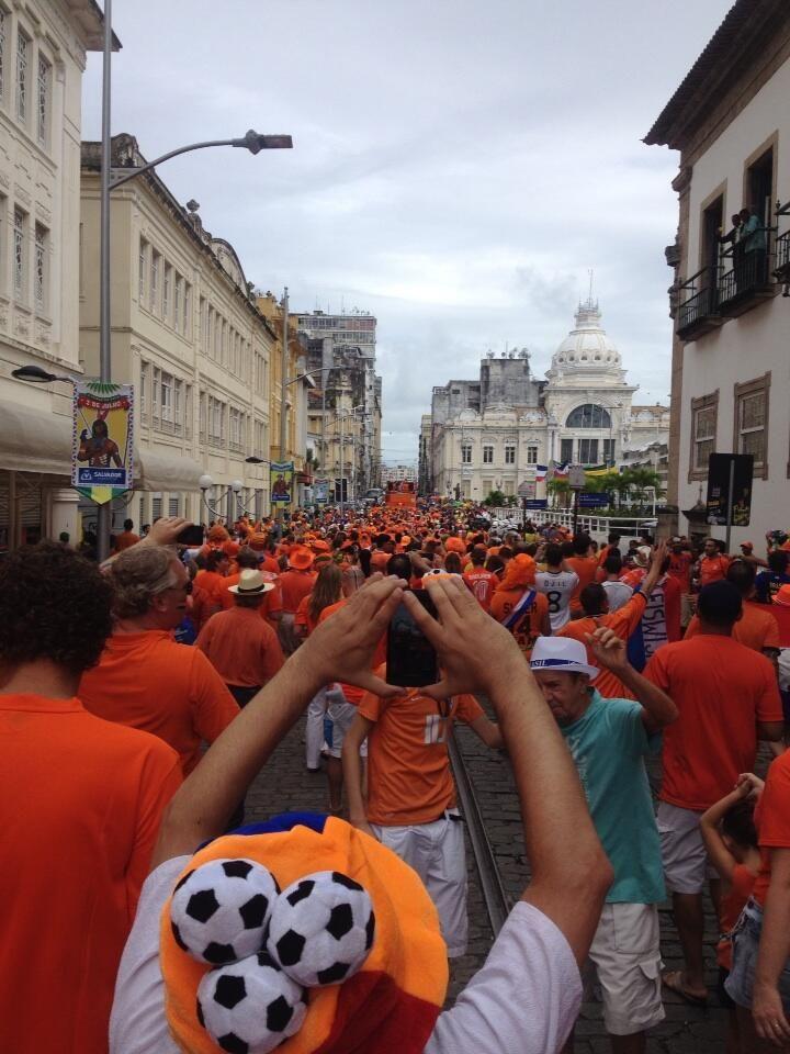 Oranje mars pic.twitter.com/4J2pb76sFW