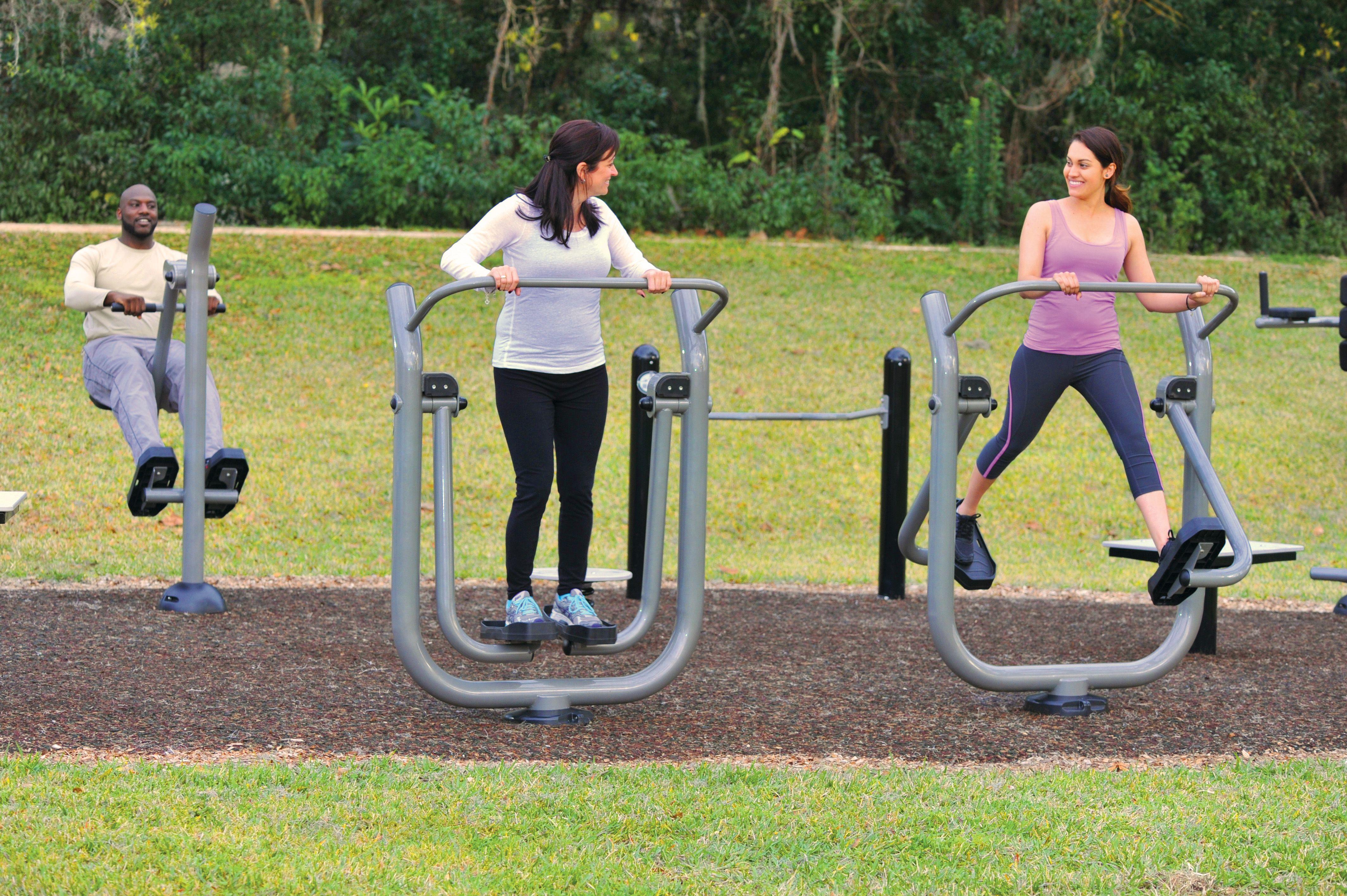 Outdoor fitness equipment  #advancedrecreationalconcepts #fitness #outdoorgym