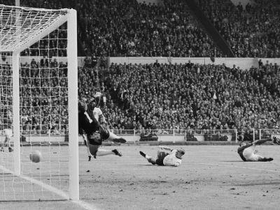 35 Most Amazing Photos From History Of Football World Football World Wembley