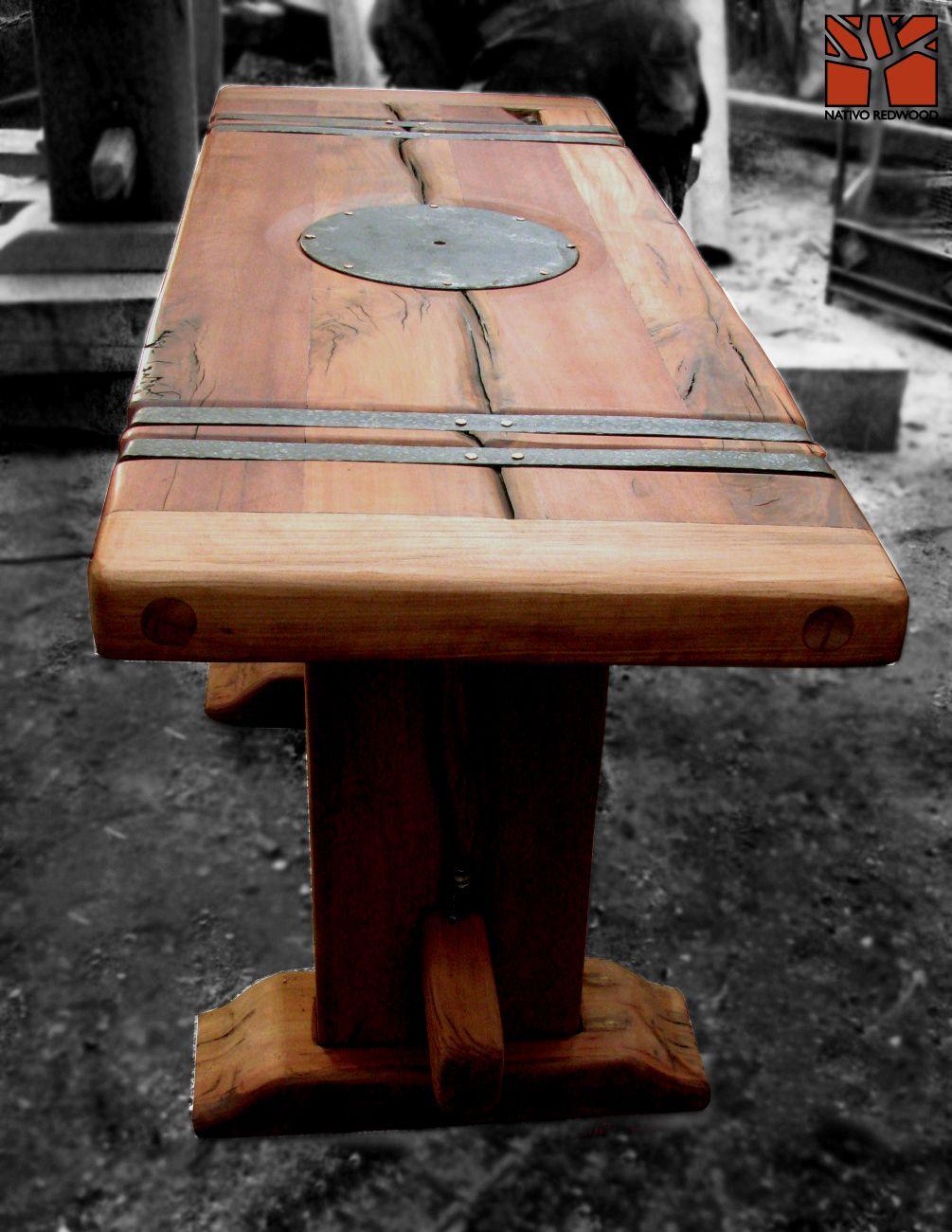 nativo redwood arrimo de madera roble r stico con aplicaciones de fierro forjado con plato. Black Bedroom Furniture Sets. Home Design Ideas