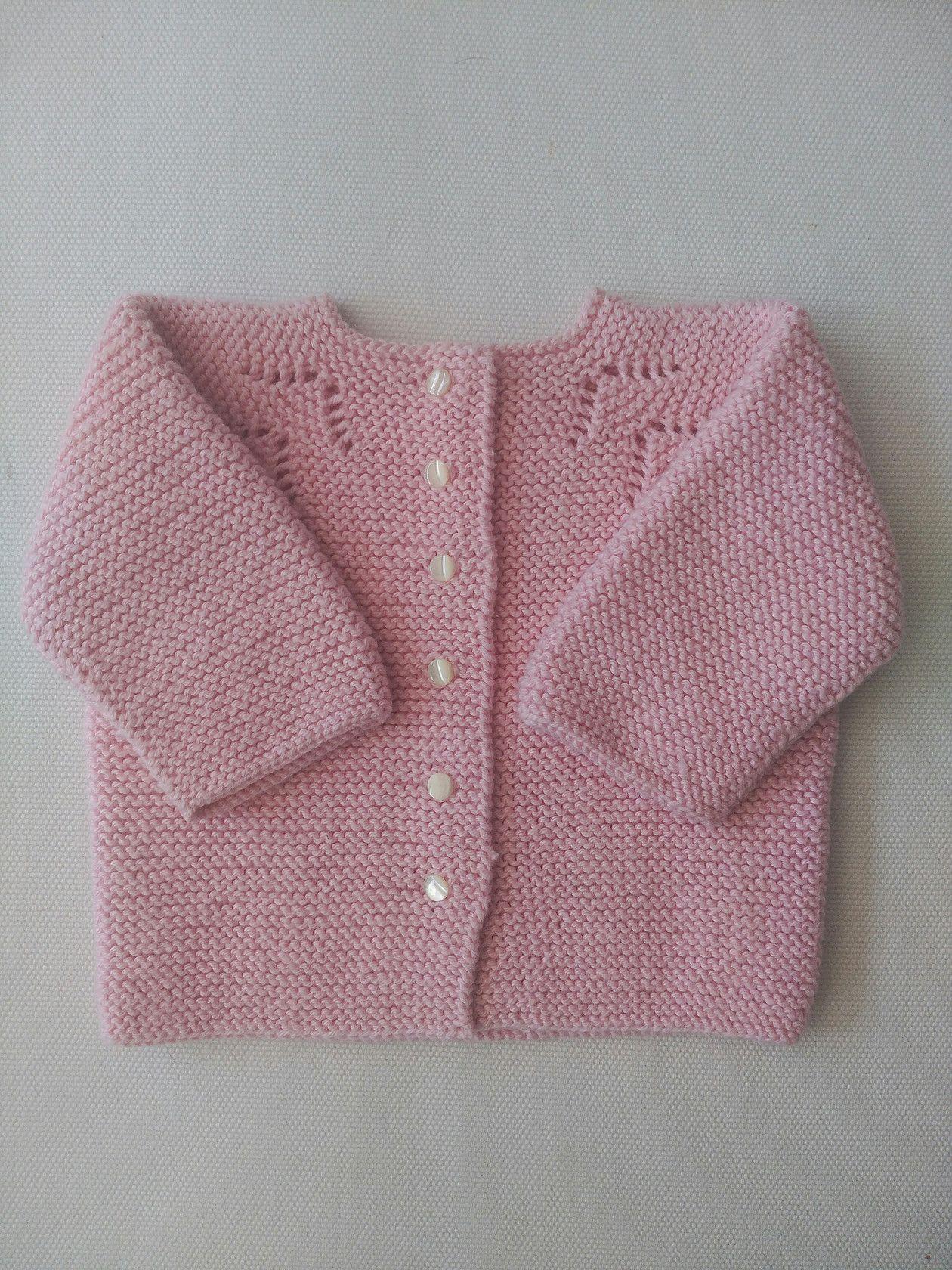 Patrón gratis de este ideal conjunto rosa para un bebé de 3 meses  aproximadamente. No 76b8f82488f